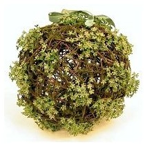 Bolas d.20 cm mimbre rustico con flores mini verde