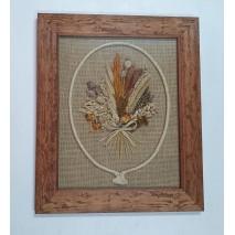Cuadro marco fondo arpillera flores secas 40 x 50 cm