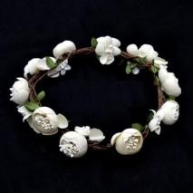 Corona de flores ranunculus...